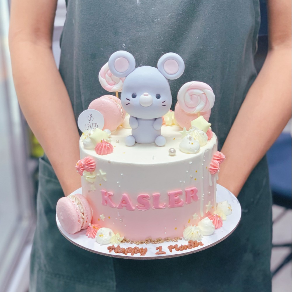 Pastel Candyland with Mouse Cake
