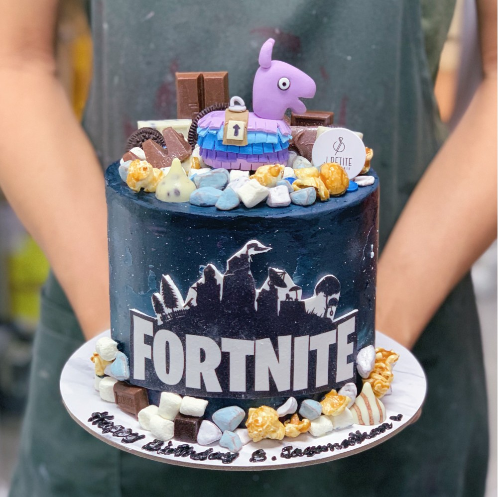 Fortnight Galaxy Cake with Chocolate Toppings